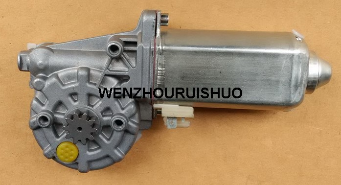 8152613 Right Power Window Motor Replace For VOLVO FL10